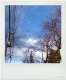 不思議な青の空